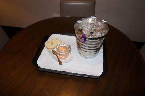 Food and Beverage Diamond Amenity